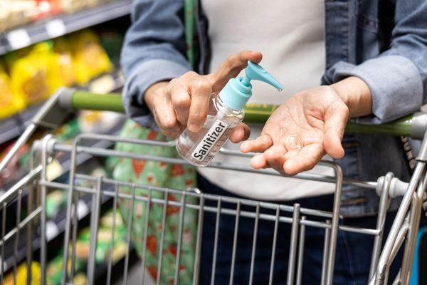 Khi đến các khu vực đông người như chợ, siêu thị