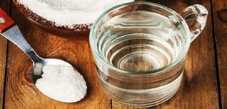 Uống nước muối pha loãng có tác dụng gì?