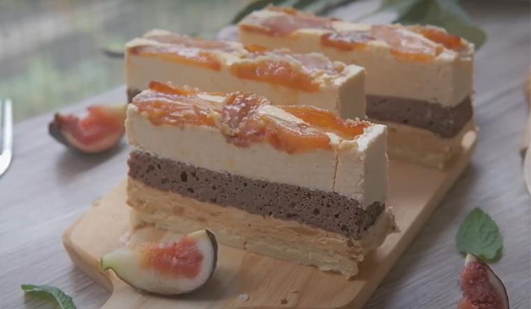 Cách làm bánh mousse táo caramel mềm thơm dễ làm chẳng cần lò nướng