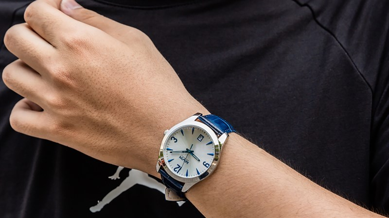 Đồng hồ chính hãng MVW giảm sâu cực ngon, nhanh tay sắm ngay