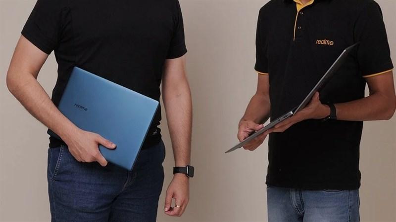Giám đốc điều hành Realme khoe Realme Book phiên bản màu xanh lam
