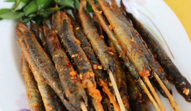 Cách làm cá kèo nướng sa tế đậm vị thơm ngon