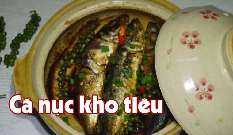 Cách làm cá nục kho tiêu béo thơm, đơn giản tại nhà