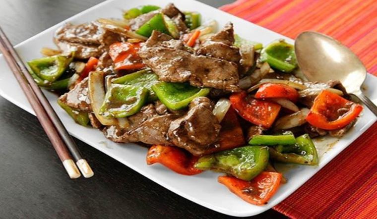 Cách làm món thịt bò sốt tiêu đen mềm ngon, cực hao cơm
