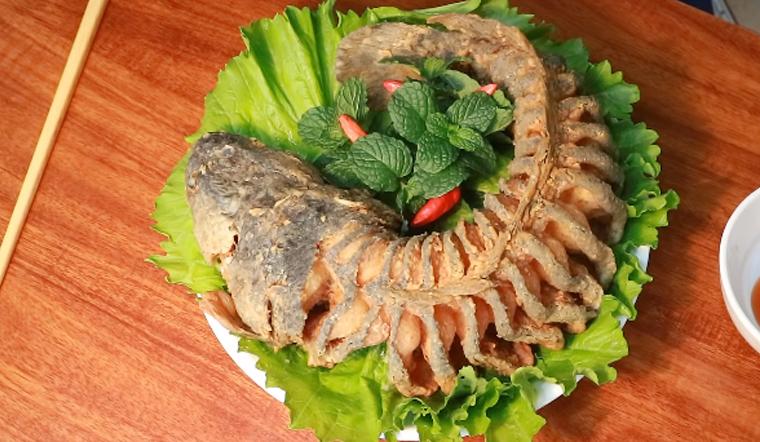Cách làm cá lóc chiên xù cuốn bánh tráng thơm ngon cực hấp dẫn