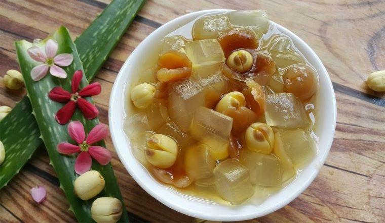 Cách làm món chè nha đam hạt sen ngọt mát, cực bổ dưỡng
