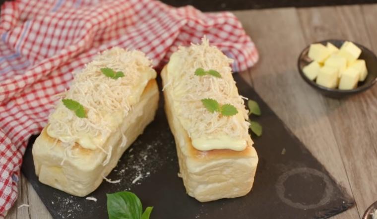 Cách làm bánh mì phô mai chà bông thơm ngon, béo ngậy