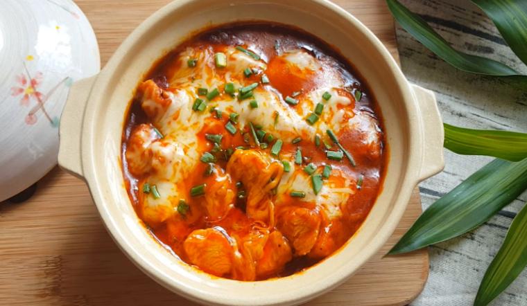 Cách làm món gà cay phô mai, cay ngon chuẩn vị Hàn