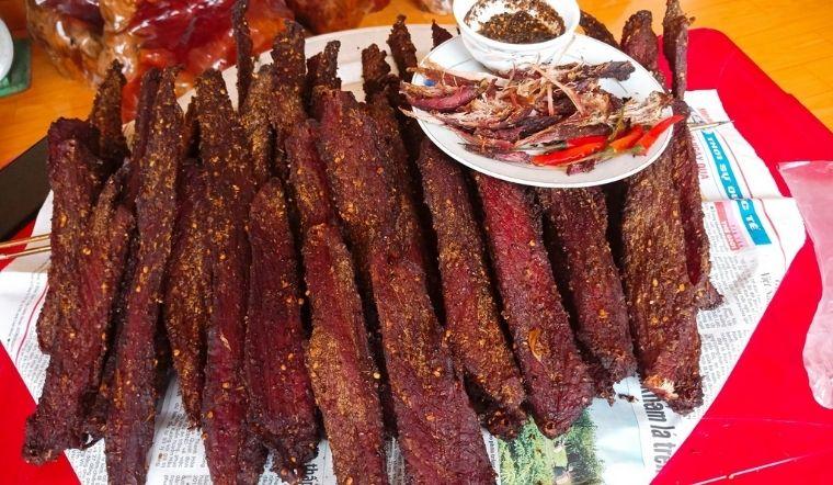 Cách làm thịt lợn khô gác bếp đơn giản tại nhà, chuẩn vị Tây Bắc