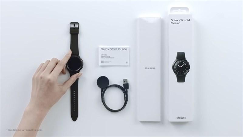 Phụ kiện bên trong hộp của Samsung Galaxy Watch4 Classic. Nguồn: Samsung.