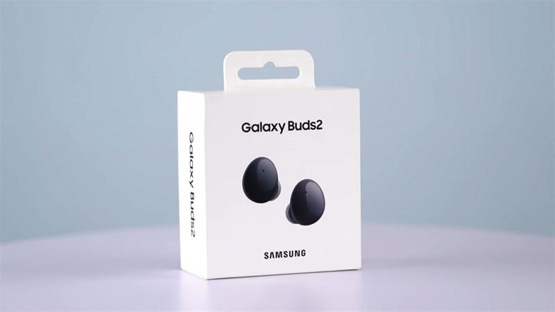 Hộp đựng của Samsung Galaxy Buds 2. Nguồn: GadgetByte.
