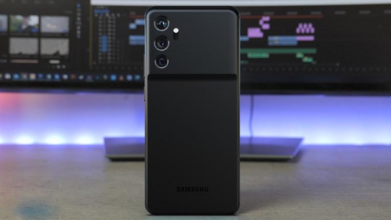 Rò rỉ cấu hình của 3 mẫu Galaxy S22: Màn hình, pin và camera thay đổi