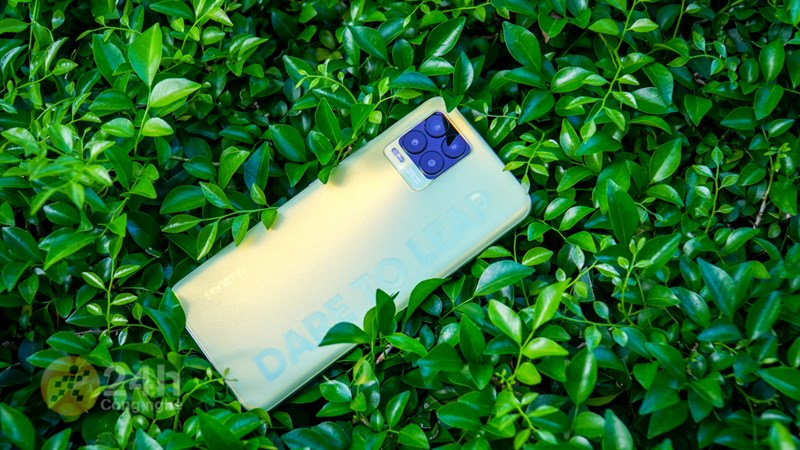 TOP 6 lí do bạn nên mua một chiếc điện thoại Realme