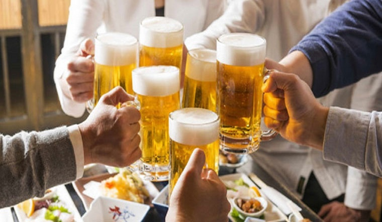 Bí quyết uống rượu, bia không say giúp trở thành 'bợm nhậu'