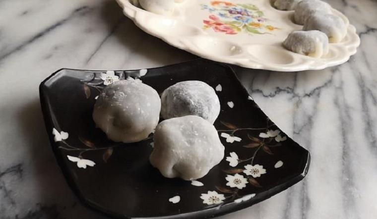 Bỏ túi cách làm bánh mochi nhân mè đen dẻo mịn ngọt thơm đơn giản