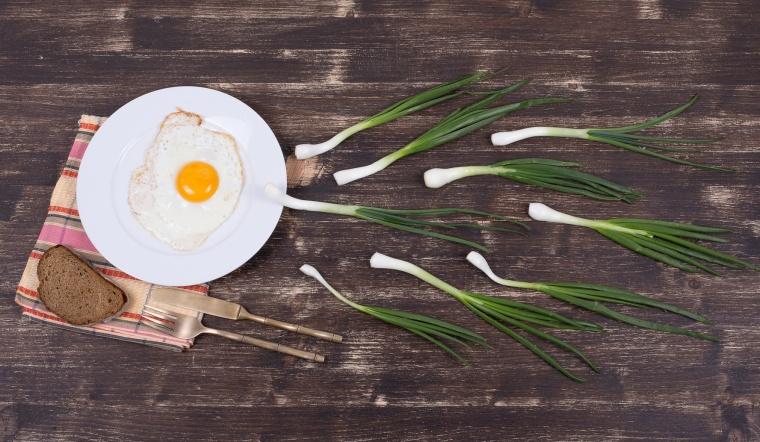 Ăn gì để trứng phát triển tốt, dễ thụ thai và nên kiêng ăn gì tránh hại trứng?