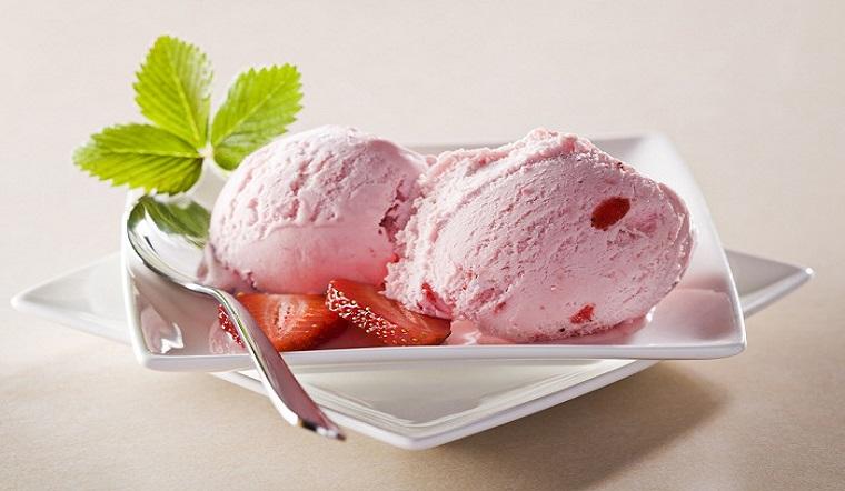 Cách làm kem gelato sữa dâu kiểu Ý không cần máy ngon mê ly tại nhà