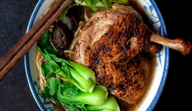 Cách nấu vịt tiềm thuốc bắc vừa ngon mà bổ dưỡng tại nhà