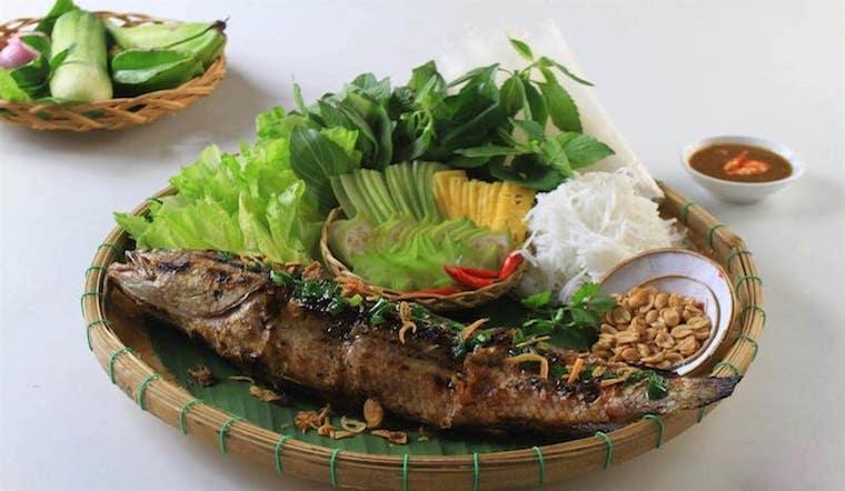 Cách làm món cá lóc nướng lá chuối dân dã đậm chất quê