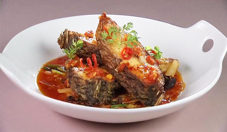 Hướng dẫn cách làm món cá rô phi rán sốt cà chua ngon ngọt, đậm đà chuẩn vị