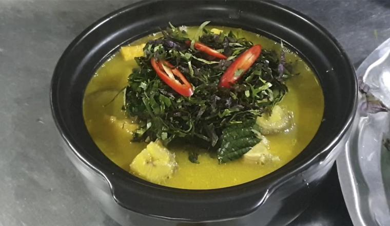 Hướng dẫn cách làm cá chình om chuối đậu đậm đà, chuẩn vị cho ngày đông