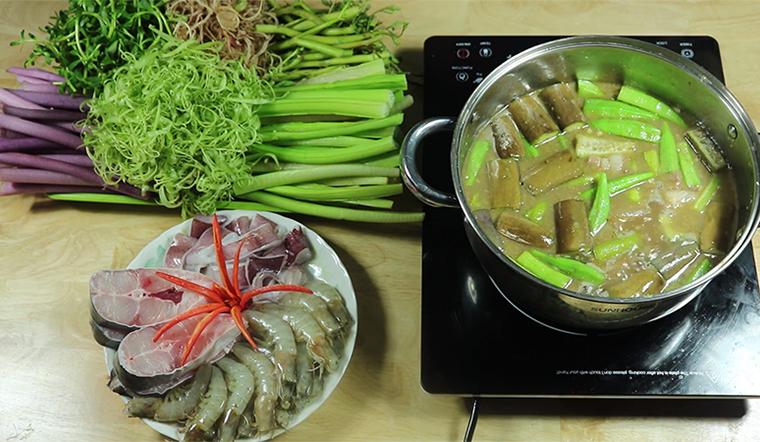 Cách nấu lẩu mắm cá linh ngon đúng chuẩn vị đơn giản tại nhà