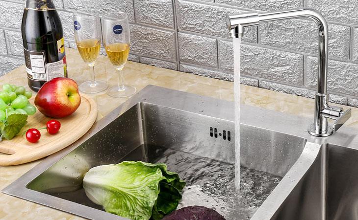 Đảm bảo chọn vòi tương thích với bồn rửa