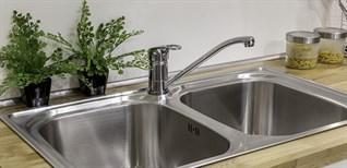 Cách thay vòi nước bồn rửa chén đơn giản tại nhà