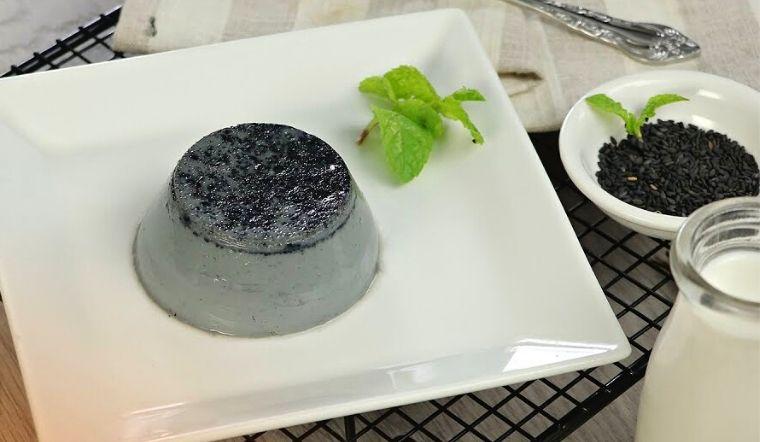Cách làm bánh flan rau câu mè đen mềm mịn, thơm béo dễ làm tại nhà