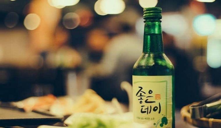 Rượu Soju có tốt hơn bia? 5 lợi ích sức khỏe của rượu Soju và lưu ý