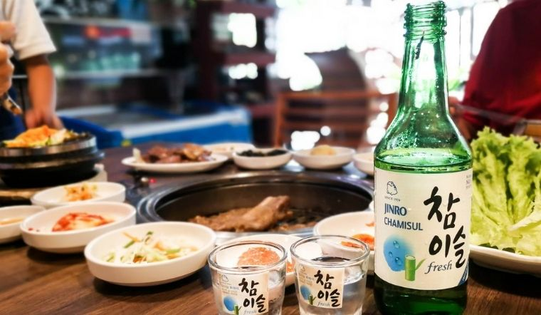 5 món ăn ngon kết hợp cùng rượu Soju là 'chuẩn bài' cho mọi cuộc vui