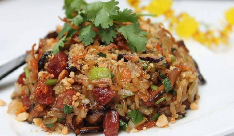Học ngay cách nấu xôi bát bửu ngon chuẩn vị người Hoa