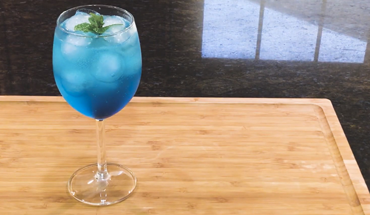 Cách pha chế deep blue soda biển xanh sâu thẩm cực mát lạnh