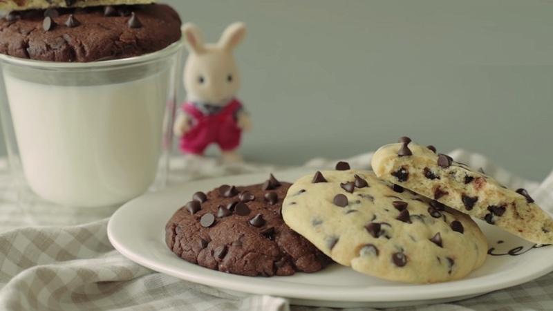 Bánh quy socola chip bằng nồi chiên không dầu