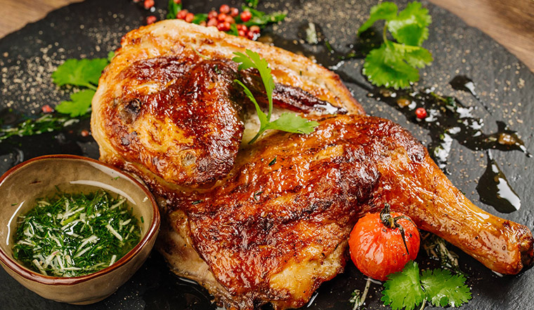 Cách làm gà nướng ớt ngũ vị thơm ngon cho bữa ăn gia đình