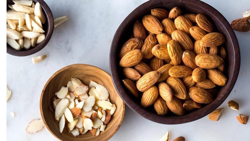 Hạnh nhân là một trong những loại hạt giàu vitamin B2