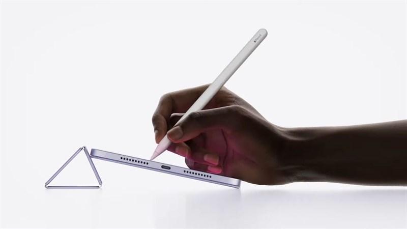 iPad Mini 6 năm nay cũng sẽ hỗ trợ bút Apple Pencil cho bạn làm việc dễ dàng và tiện lợi hơn.