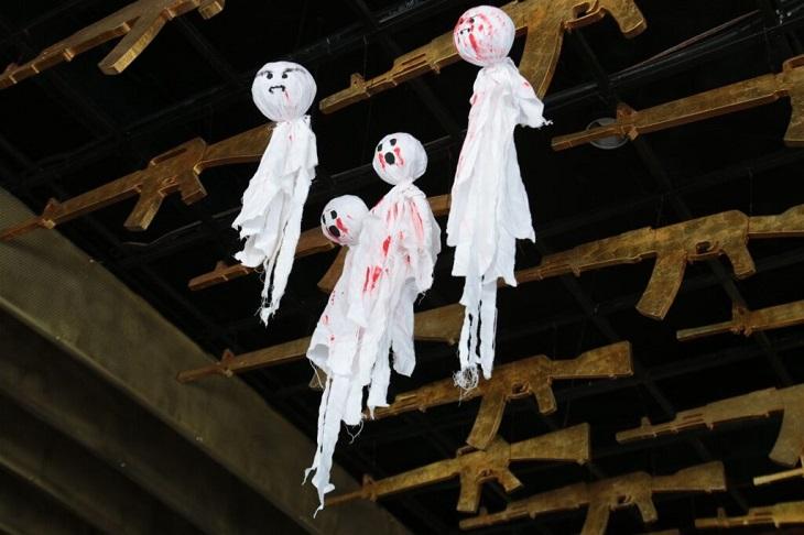 Vật trang trí Halloween