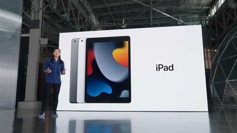 iPad Gen 9 vẫn được mang những đường nét thiết kế bo tròn các góc và các cạnh quen thuộc.