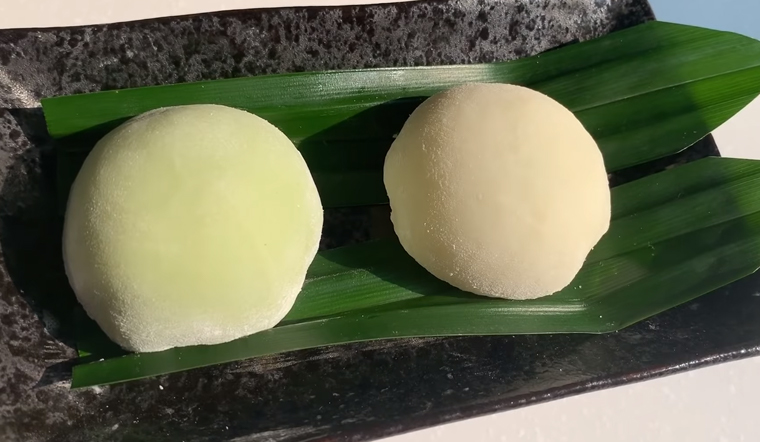 Cách làm mochi đậu xanh lá dứa dừa non béo ngậy dễ làm tại nhà