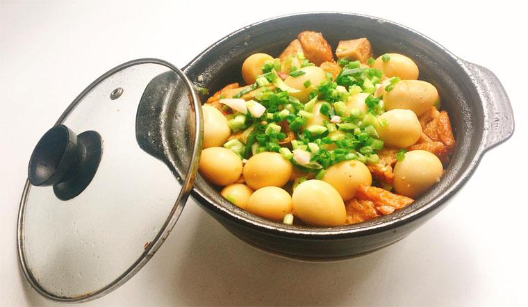 Hướng dẫn cách làm chả cá kho trứng cút siêu ngon cho bữa ăn gia đình