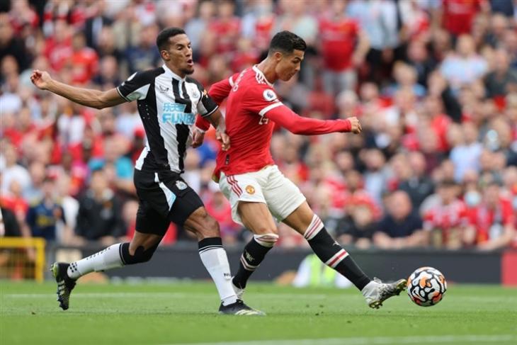 Ronaldo trở lại MU trong trận đầu tiên gặp Newcastle