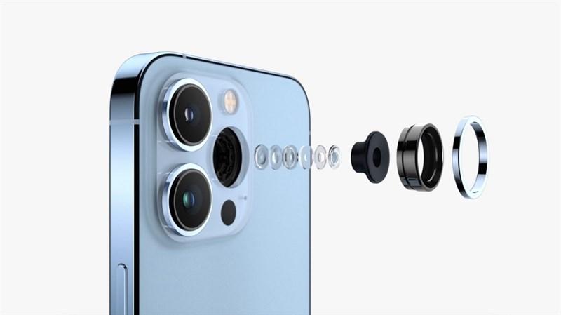Cả hai phiên bản iPhone 13 và iPhone 13 Pro đều được trang bị những tính năng quay video xịn xò