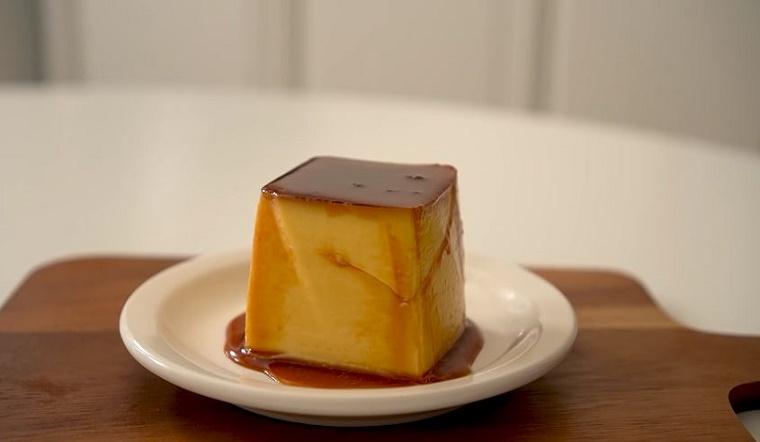 Bí quyết làm bánh pudding chỉ cần trứng sữa và đường