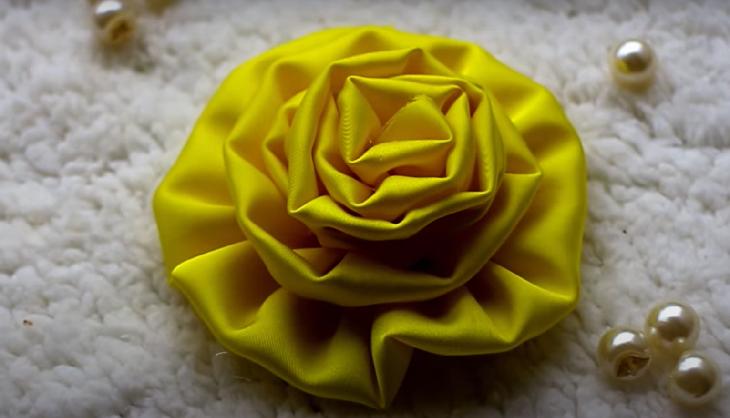 Vậy là bạn đã có bông hồng lụa (Nguồn: Youtube Địa ốc 79)