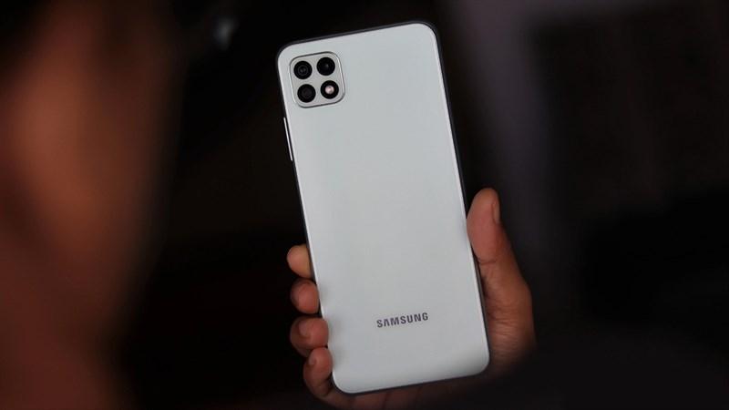 Điện thoại Galaxy A giá rẻ sẽ được trang bị camera 50MP, pin khủng,...