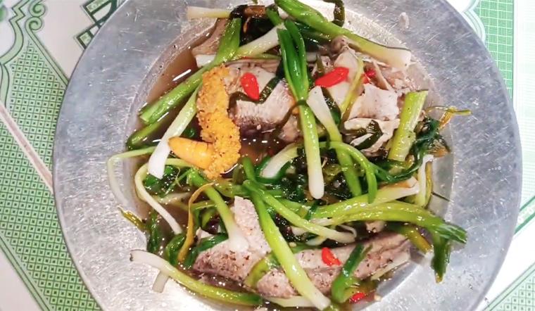 Cá lóc hấp nước dừa thơm ngon, tròn vị, ăn là ghiền