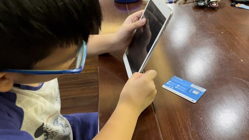 VinaPhone tặng sim 4G miễn phí, hỗ trợ học sinh, sinh viên học tập