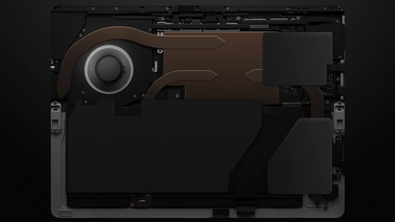 Hệ thống tản nhiệt bên trong Surface Pro 8. Nguồn: Microsoft.