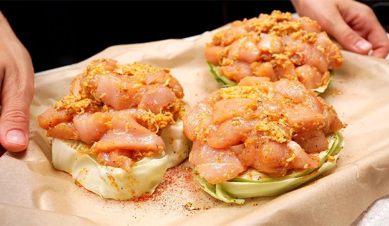 Kết hợp gà và bắp cải theo cách này cho bữa tối thật hấp dẫn
